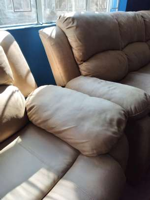 Couches deep cleaning image 6