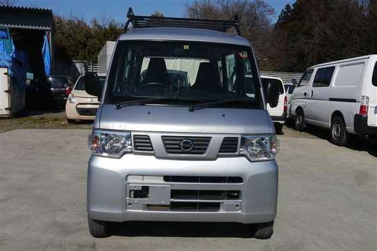 Nissan Clipper image 1