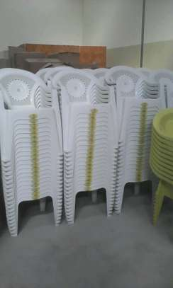 Stejes Plastic Chairs