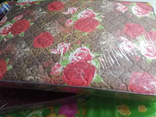 4*6*8  EXTRA HIGH DENSITY QUILTED MATTRESSES image 7
