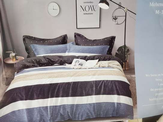 binded duvet with 1bedsheet and 2 pillow cases 6feet by 6 feet image 11
