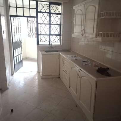 one bedroom to let in Kileleshwa image 2