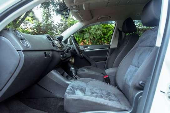 Volkswagen Tiguan image 10