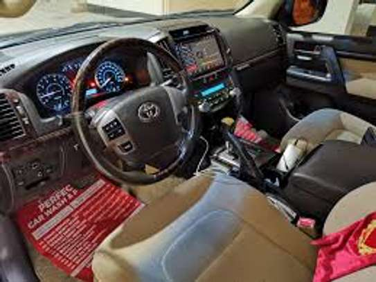 Vehicle interior cleaning image 2