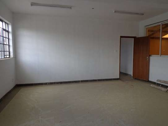 6500 ft² warehouse for rent in Mombasa Road image 11