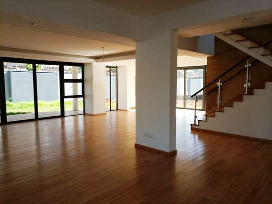 Executive 4 Bedroom Townhouse For Rent In Garden Estate  At Kes 225K image 8