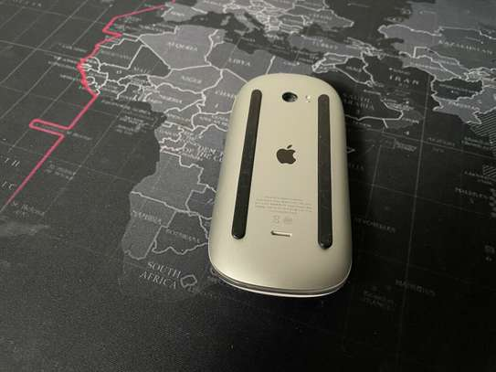 Apple Magic Mouse 2 - A1657 Wireless Bluetooth Rechargeable image 2