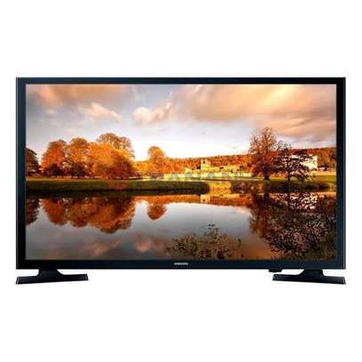 Samsung 32, HD Flat Smart TV, image 1