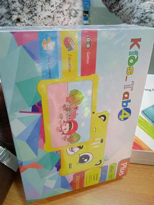 Kids Tablet with 16gb and 2gb ram in shop- Free games image 1