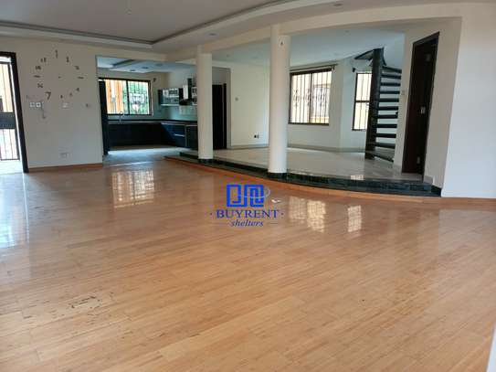5 bedroom house for rent in Kyuna image 18