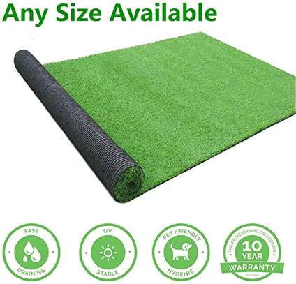 REALISTIC ARTIFICIAL GRASS CARPETS image 1