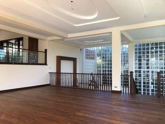 3 bedroom house for rent in Runda image 5