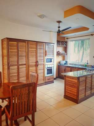 Furnished 2 bedroom apartment for rent in Nyali Area image 10