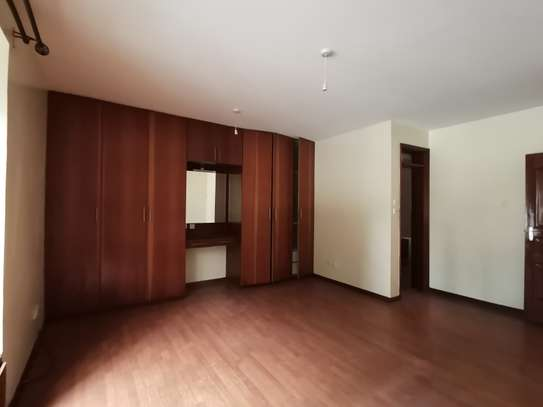 AN EXCEPTIONAL 3 BEDROOM APARTMENT ALL ENSUITE WITH DSQ image 6