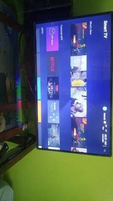 SkyView Smart TV