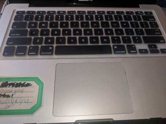 Macbook pro on sale image 7