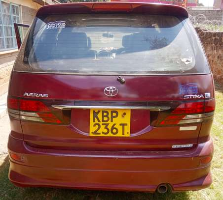 Toyota Estima hot sale image 4