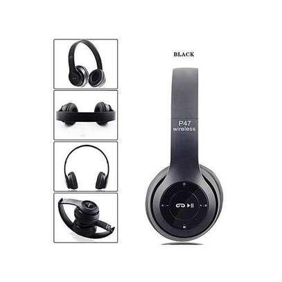 Wireless Foldable Bluetooth Headphones image 2