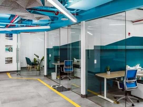 1520 ft² office for rent in Riverside image 3