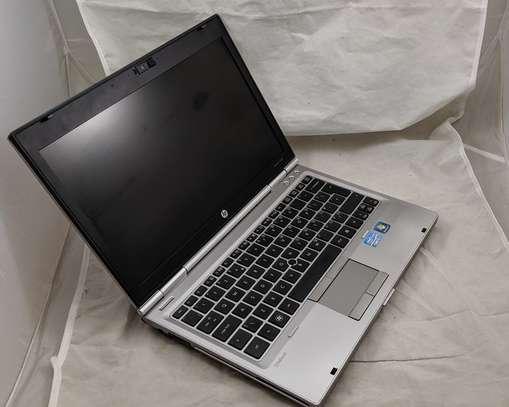 Amazing laptop 2570 image 3