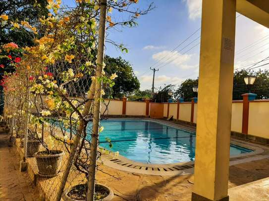 Furnished 2 bedroom apartment for rent in Nyali Area image 14