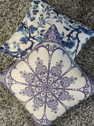 THROW PILLOW CASES image 10