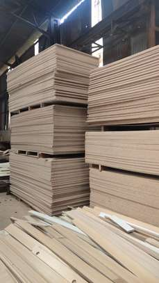 Whole sale of Plain mdf and Lamited Chip boards