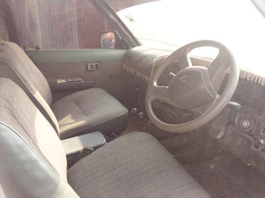 Toyota hilux for sale image 2