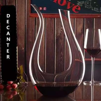 U-shaped Wine Decantor image 2