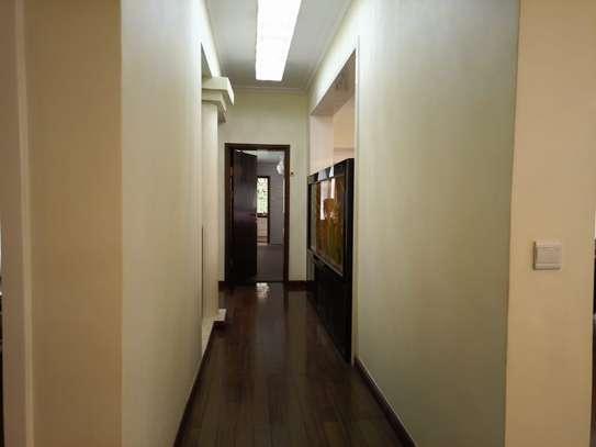 5 bedroom townhouse for rent in Runda image 5