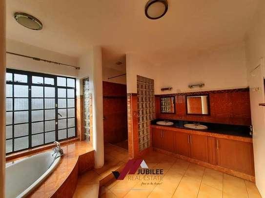 4 bedroom house for rent in Runda image 20