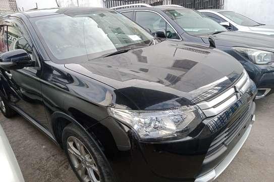 Mitsubishi Outlander image 6