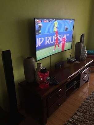TV Mounting Service with On-wall Wire Concealment image 6
