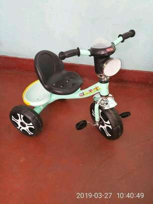 Kid's  tricycles image 7