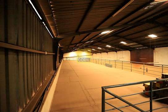 15000 ft² warehouse for rent in Kikuyu Town image 9