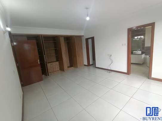 4 bedroom apartment for rent in General Mathenge image 17