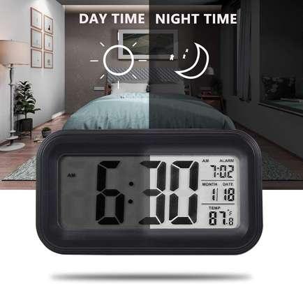 LED Digital Backlit Alarm Clock WithThermometre And Calender image 6