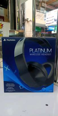Platinum Wireless Headset for PS4 image 2