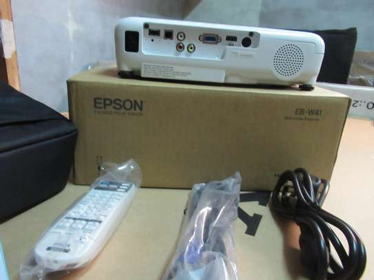 EPSON EB W41 PROJECTOR image 3
