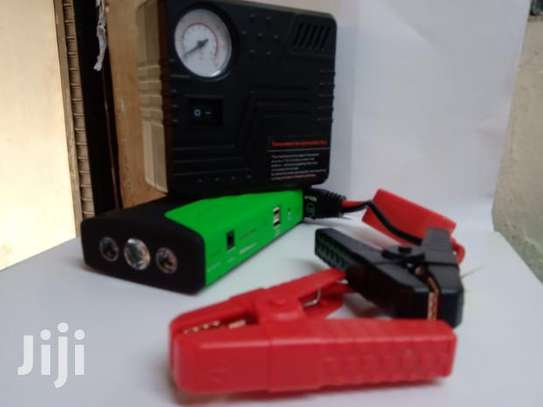 Car Jump Starter With Air Compressor image 3