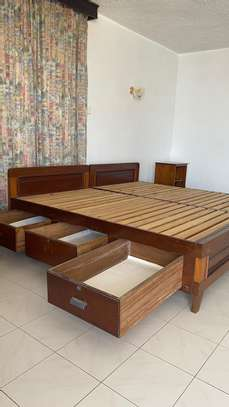 Super KING Size Bed With 2 Night Stands image 4