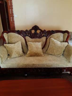 8-Seater Quality Mahogany Artic-Sofas For Sale. image 2