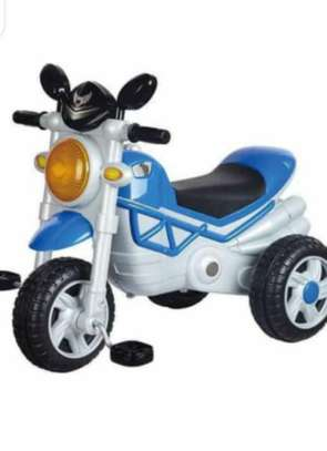 Vip tricycle image 2