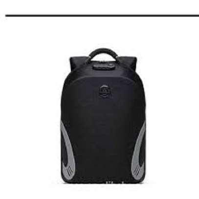 laptop antitheft backpacks image 3