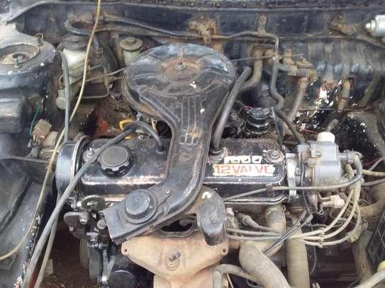 Toyota corolla image 10