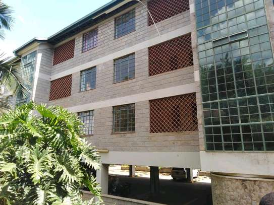 2 bedroom executive apartment for rent in Kileleshwa image 1