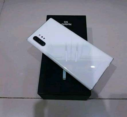 Samsung Galaxy Note 10 Plus [ 512 Gigabytes ] With Charging Pad image 2