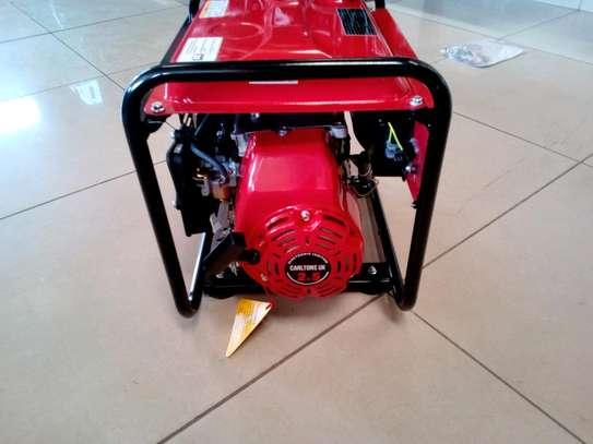 New Carltons UK 1KVA Generator image 2
