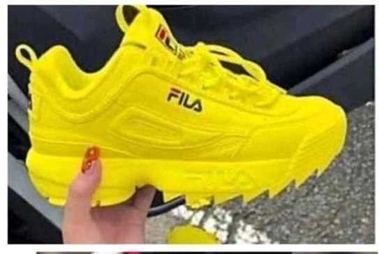 fila sports shoes image 2