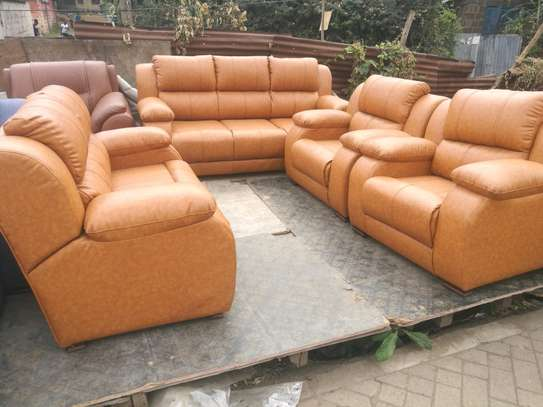 Ready Made Luxurious Contemporary Quality 7 Seater Non-Reacliner Sofaa image 1